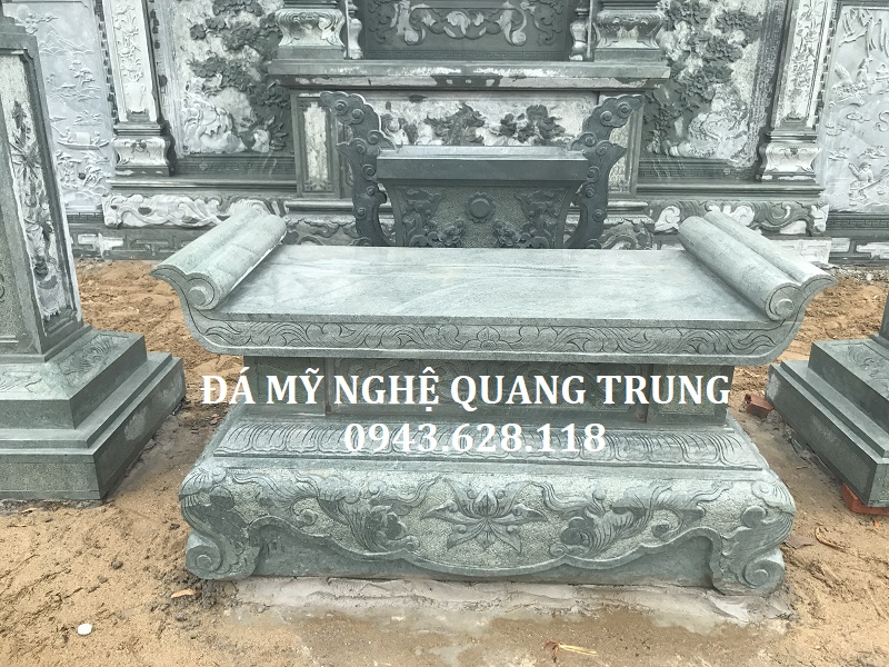 Ban Le da xanh reu cao cap cua Khu lang mo