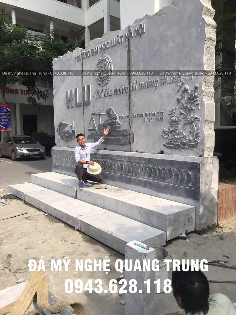 Bia da Truong Dai hoc Luat Ha Noi
