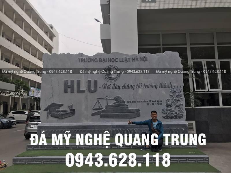 Bia da tu nhien cao cap cua Nghe nhan Quang Trung