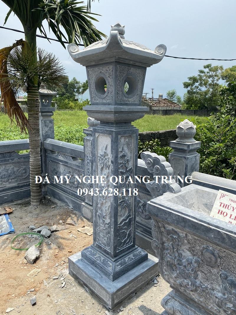 Cot den da trang tri Quang Trung