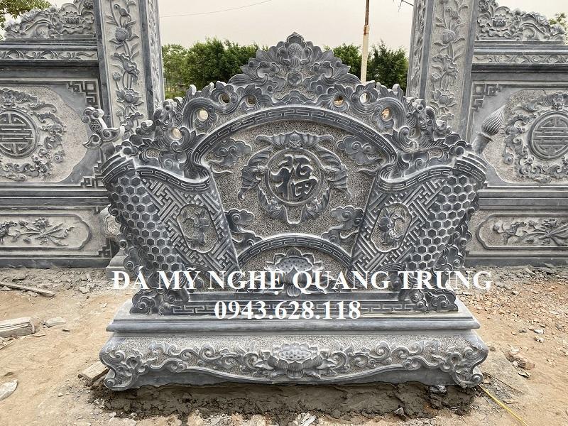 Cuon thu da mat trong la Ngu Phuc Lam Mon